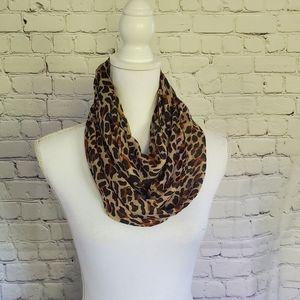 OPI Leopard Print Infinity Scarf